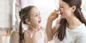 Having fun brushing teeth – tips & ideas for parents