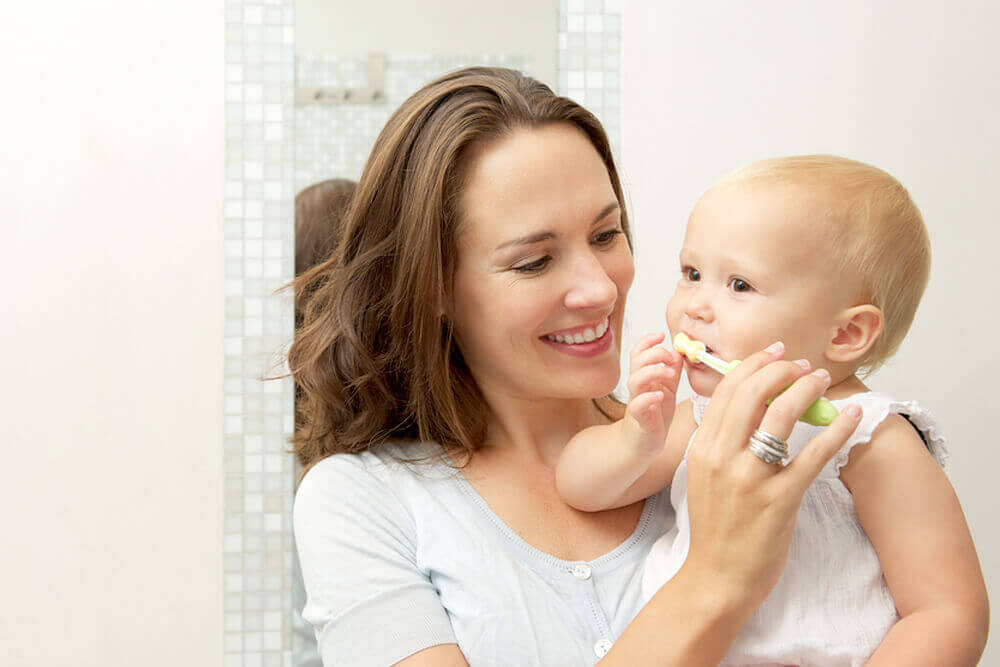 When you should start brushing your baby's teeth and how